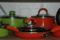 GREEN AND RED POTS/PANS